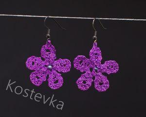 Unikatni klekljani uhani Kostevka, vijolične rožice